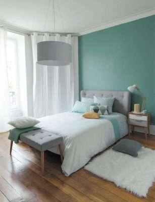 Sử dụng gam màu pastel từ màu sơn tường, nệm, gối với sự nhẹ nhàng êm ái ru giấc ngủ êm dịu.